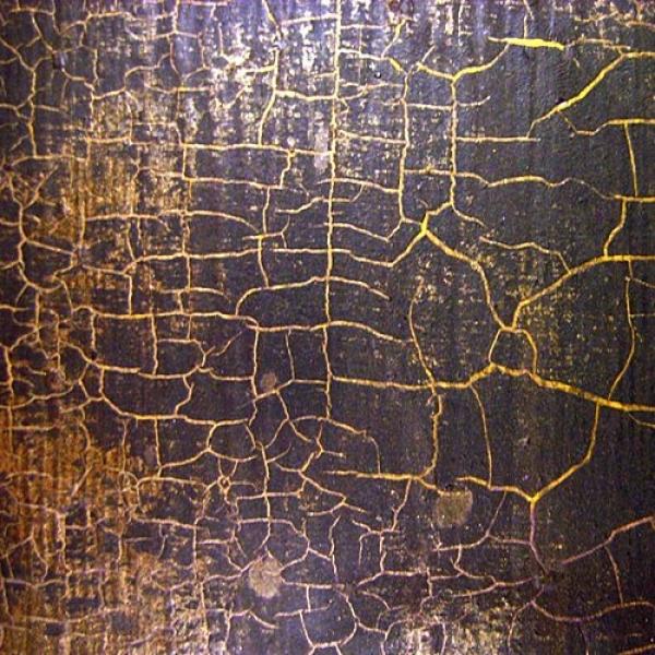 Декорирование брашированной древесины кракелюрным лаком